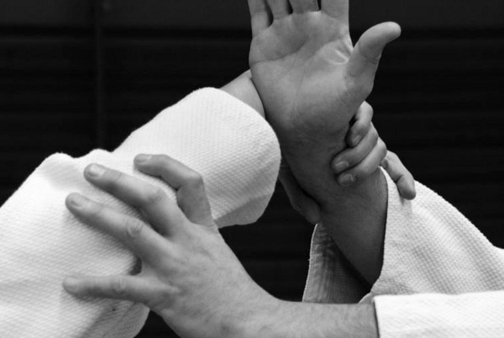 Prise de mains